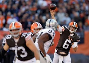 hoyer beats raiders