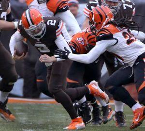 browns manziel sacked