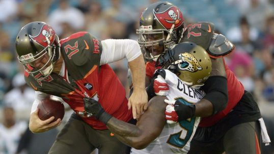 081514-fsf-nfl-tampa-bay-buccaneers-anthony-collins-PI.vresize.1200.675.high.22