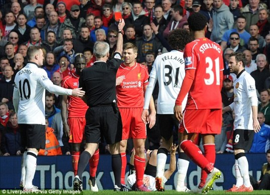 26E6DAAA00000578-0-Steven_Gerrard_is_shown_a_red_card_early_in_the_second_half_for_-a-45_1427117984042